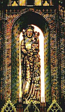 Fig. #C2c: An old photo of the entire 8 meters tall stucco statue of Virgin Mary from the Malbork Castle.